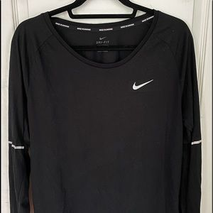 Nike dry fit long sleeve shirt